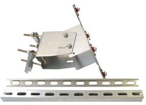 Componenti-supporto-testa-palo-pannelli-20W-40W.jpg
