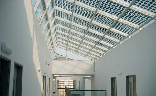 pannello_fotovoltaico_vetro.jpg